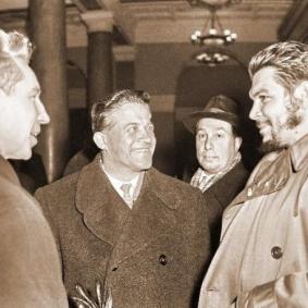 Che_Lenin_Square1