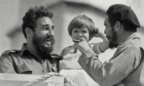 Che Guevara with Fidel Castro 11